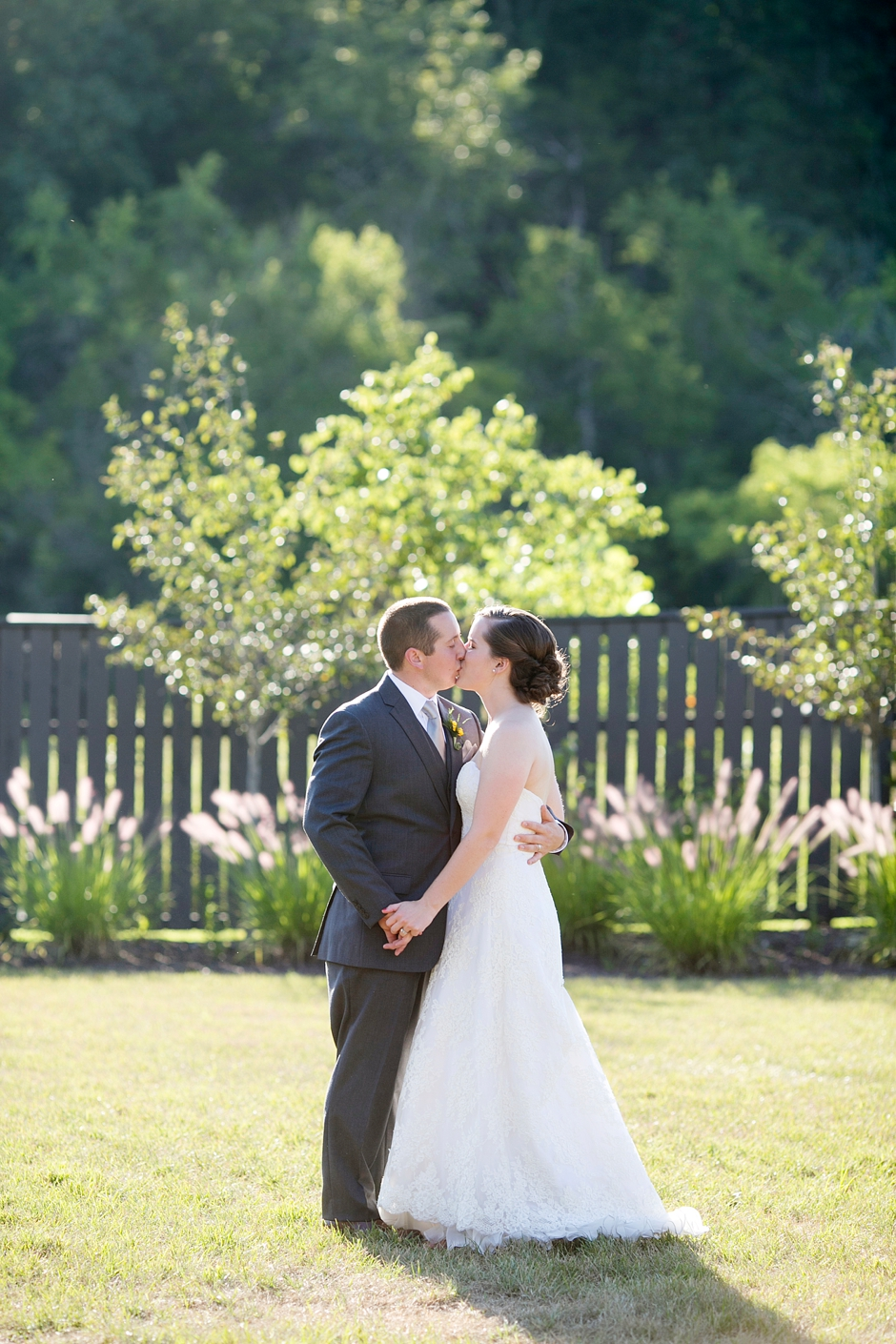 louisville-sunflower-gheen-foundation-lodge-wedding-739