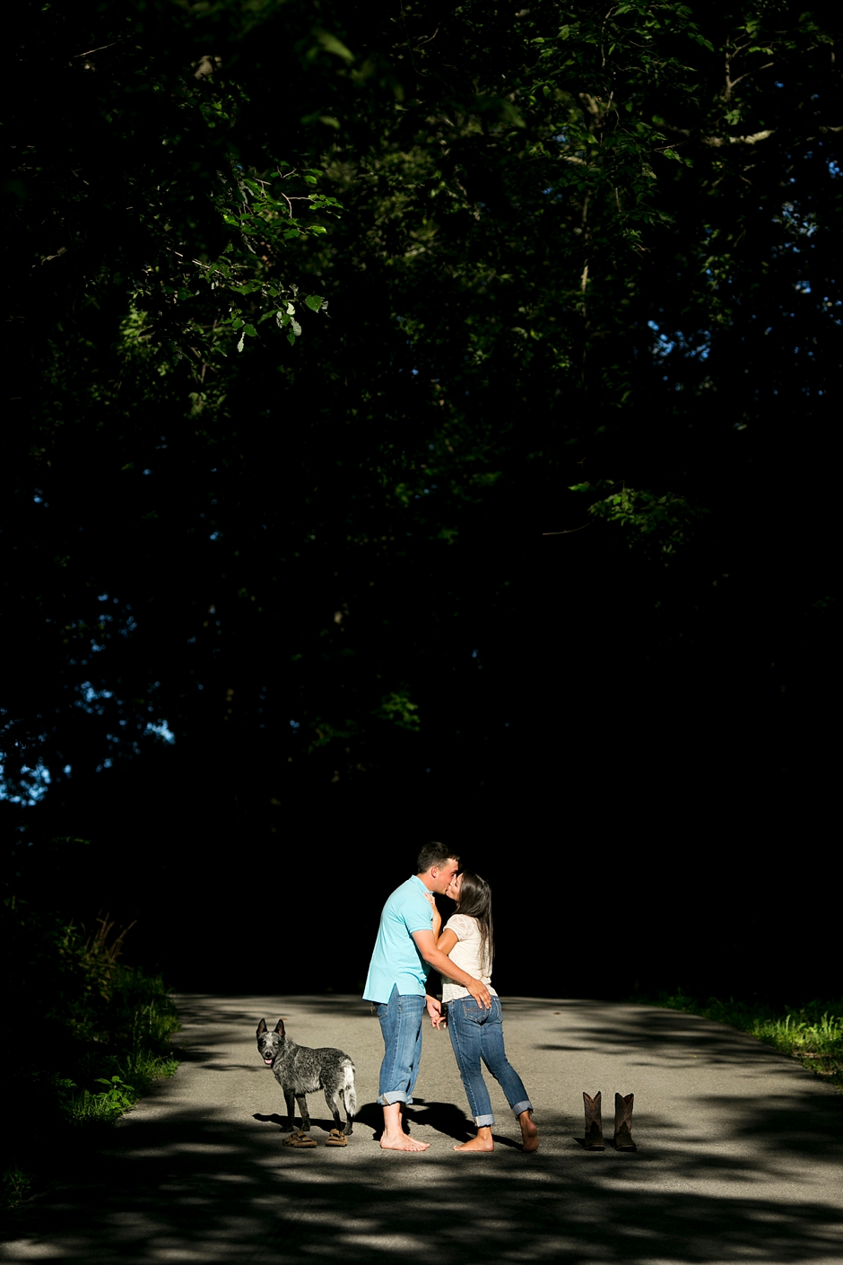 southern-farm-engagement-photos-19