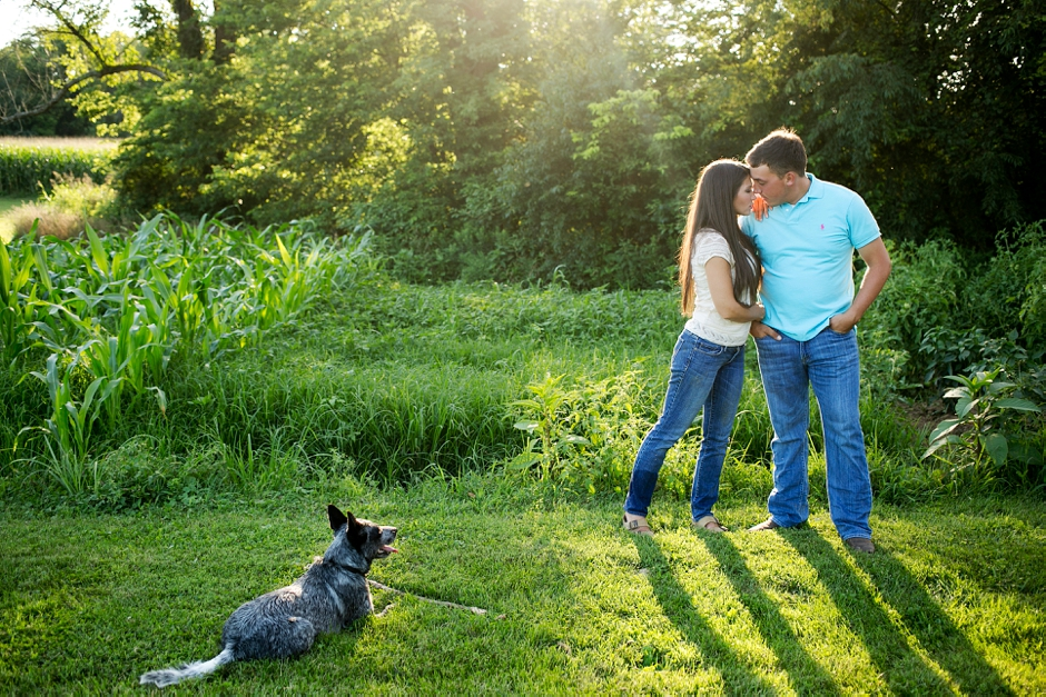 southern-farm-engagement-photos-31