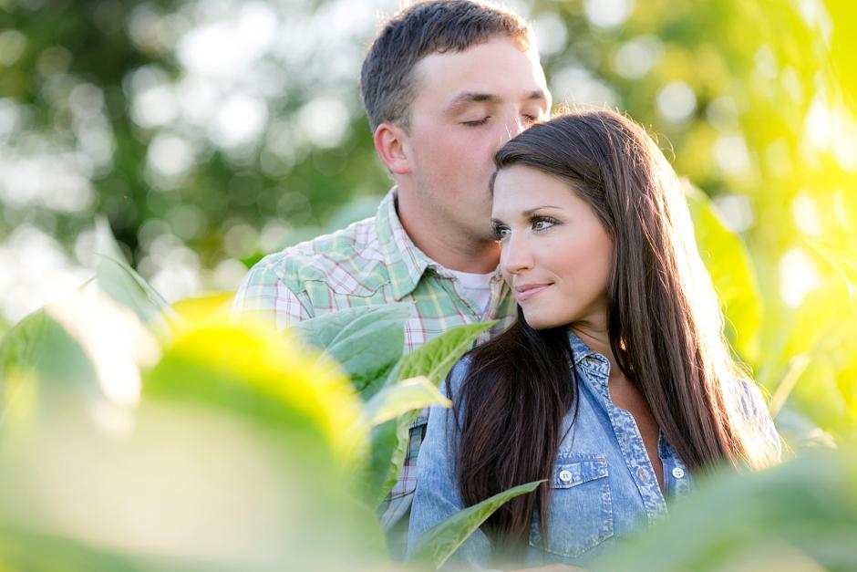 southern-farm-engagement-photos-32