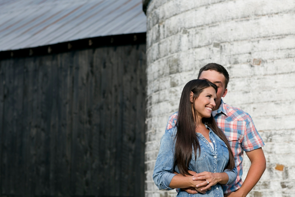 southern-farm-engagement-photos-39