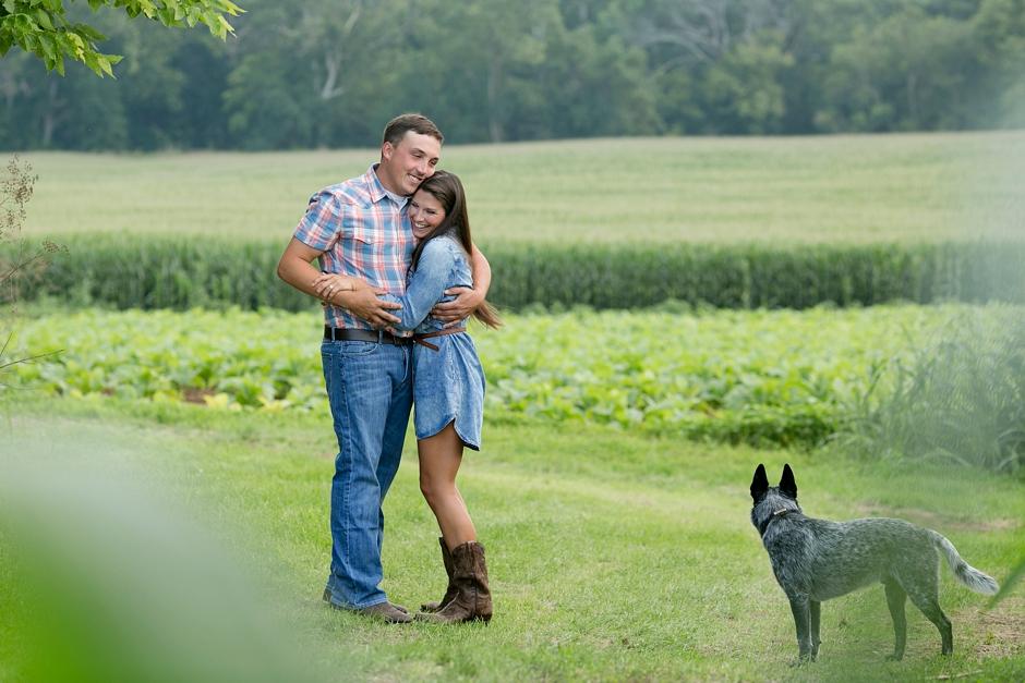southern-farm-engagement-photos-41