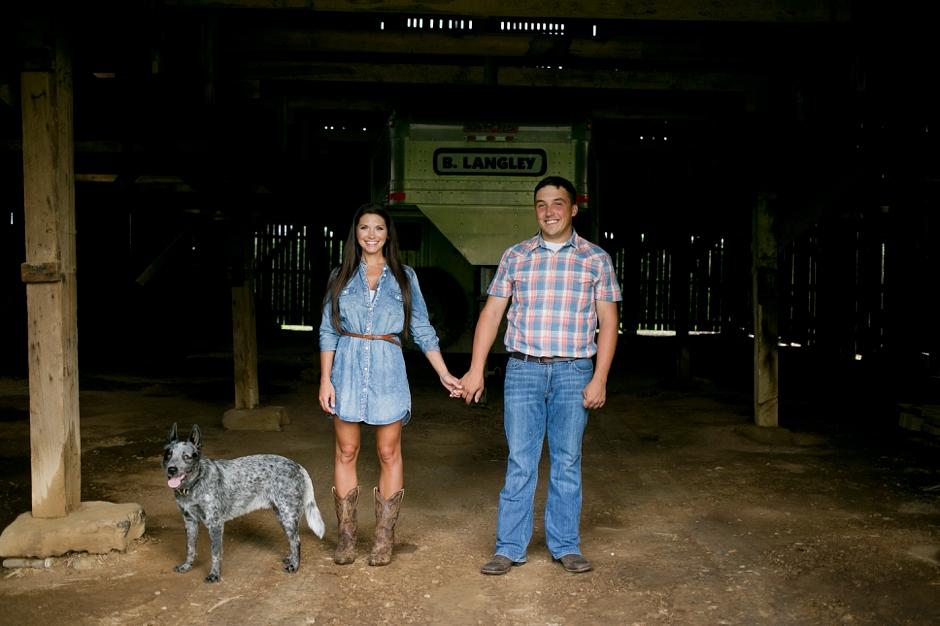 southern-farm-engagement-photos-44