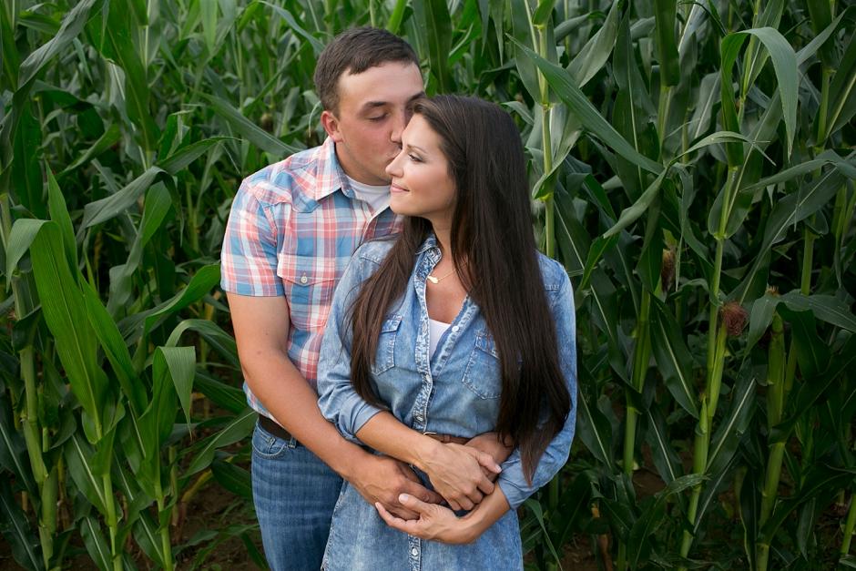 southern-farm-engagement-photos-49