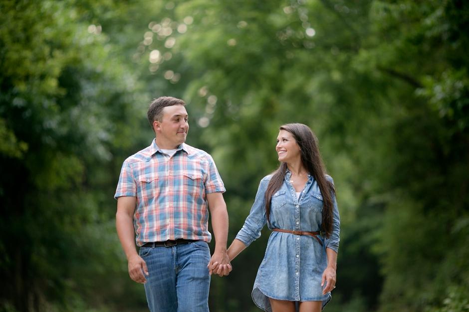 southern-farm-engagement-photos-52