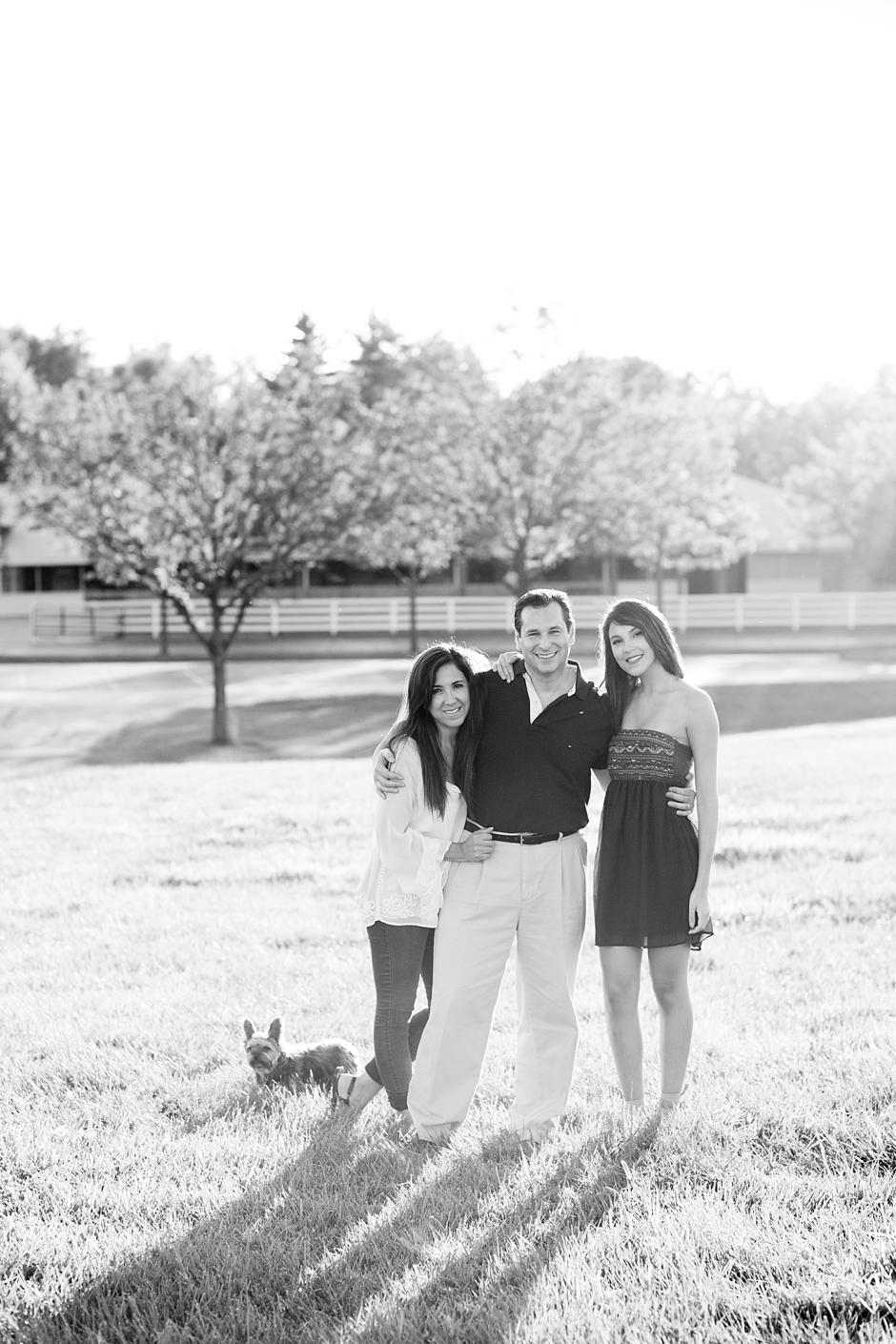 keeneland-family-engagement-photos-dc-couple-05