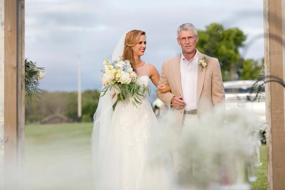 kentucky-farm-wedding-fall-044