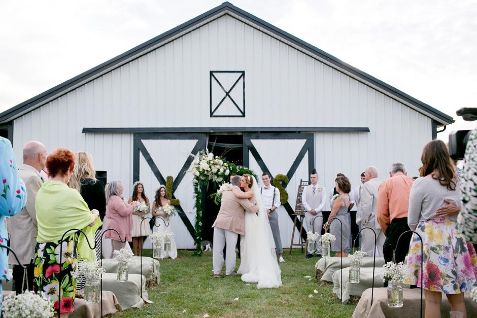 kentucky-farm-wedding-fall-046