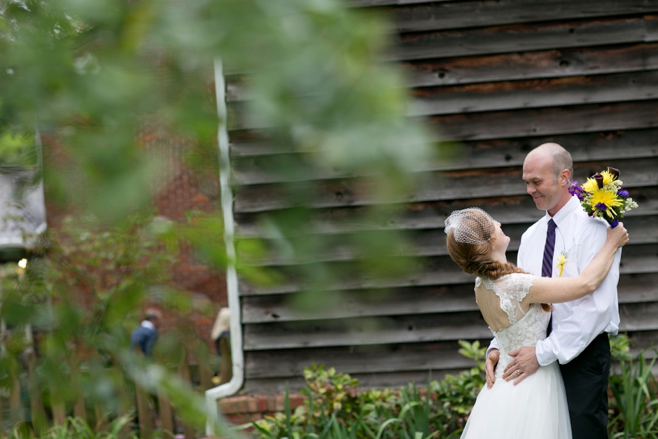 small-simpsonville-kentucky-farm-wedding-chickens-fall-outdoors-021