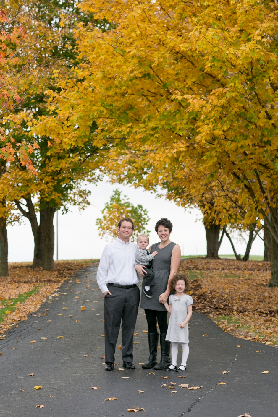smith_family_portraits_ky_farm_045