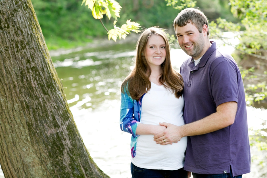 louisville-maternity-session-park-little-girl-51