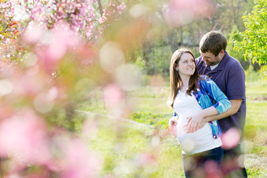 louisville-maternity-session-park-little-girl-58