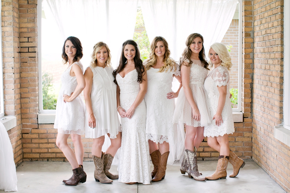 langley-farm-bourbon-wedding-spring-cream-bride-woodford-692