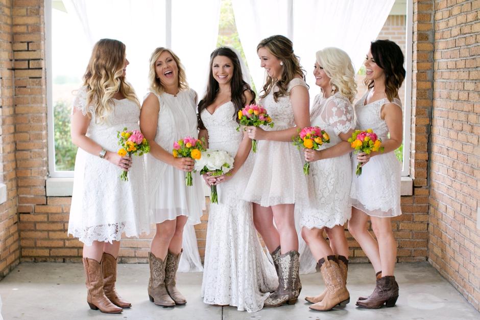 langley-farm-bourbon-wedding-spring-cream-bride-woodford-693