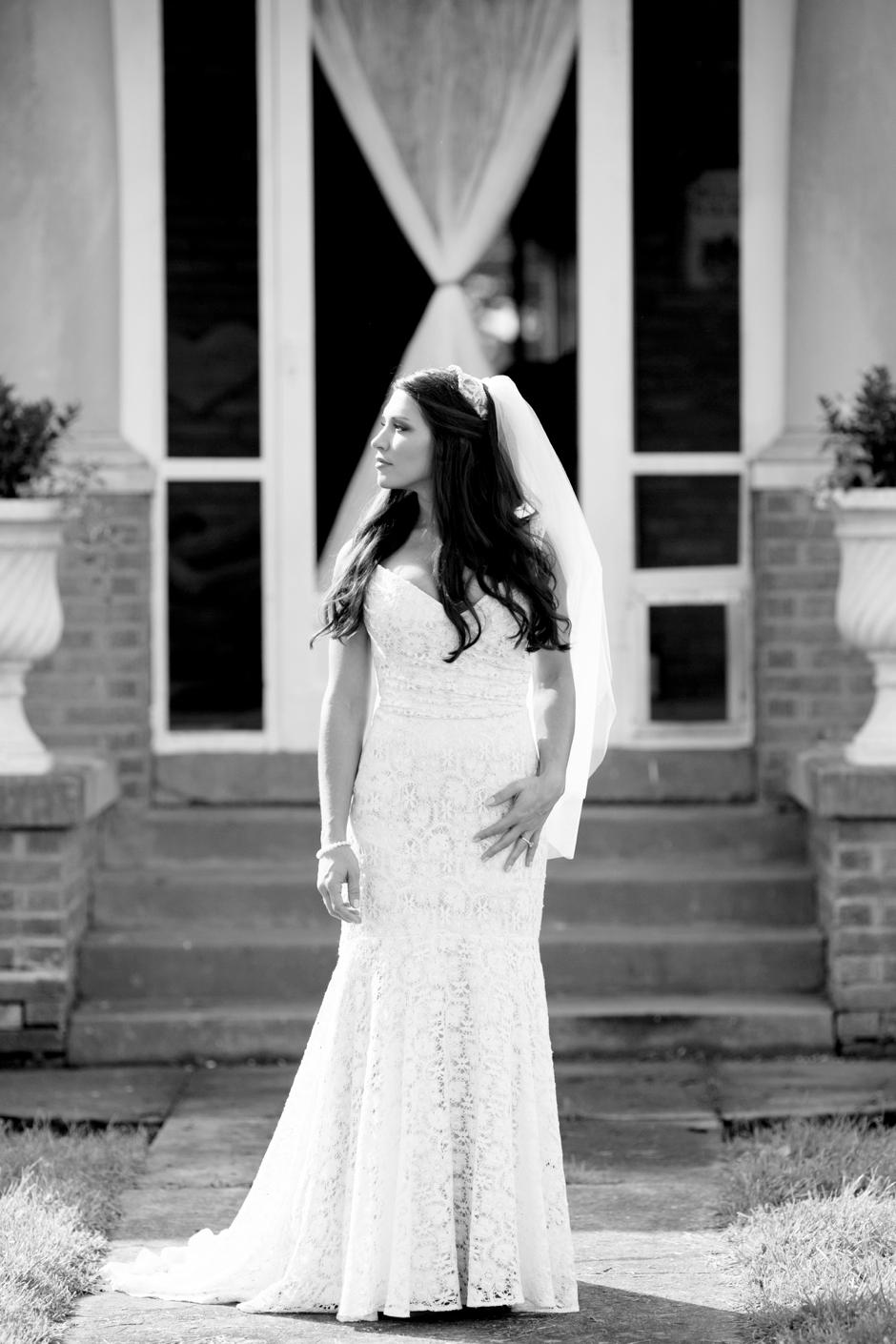 langley-farm-bourbon-wedding-spring-cream-bride-woodford-696