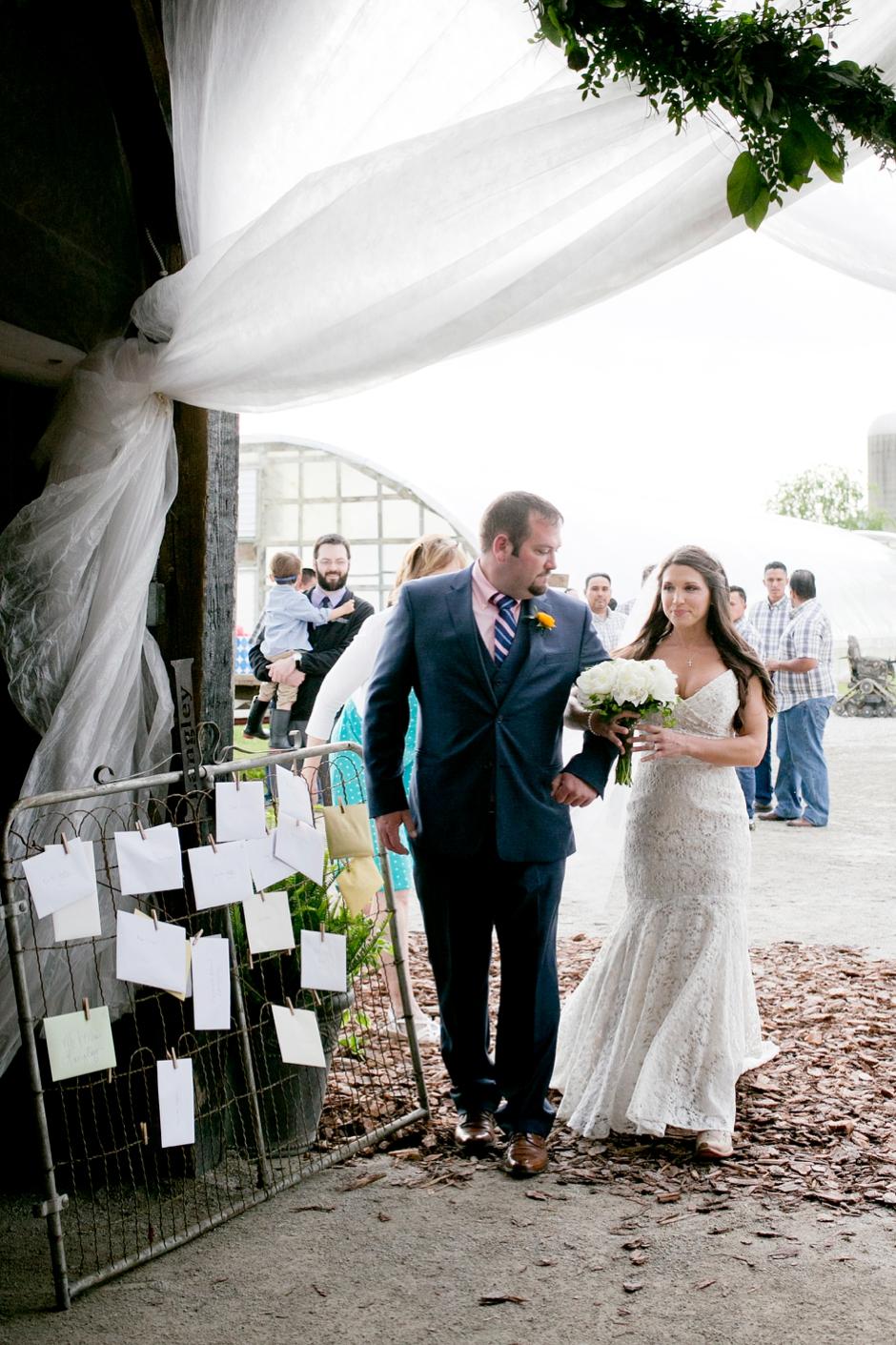 langley-farm-bourbon-wedding-spring-cream-bride-woodford-718