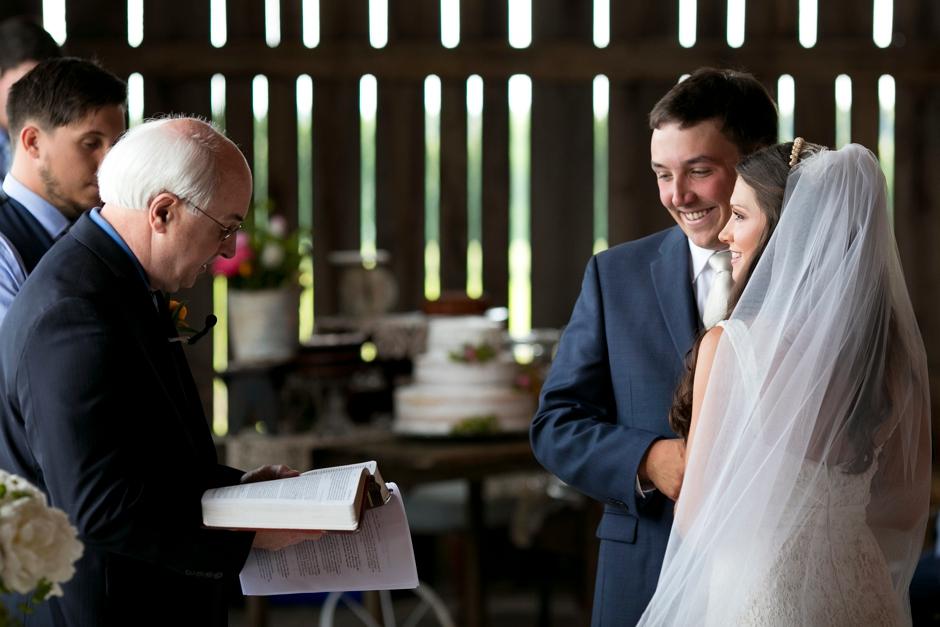 langley-farm-bourbon-wedding-spring-cream-bride-woodford-727