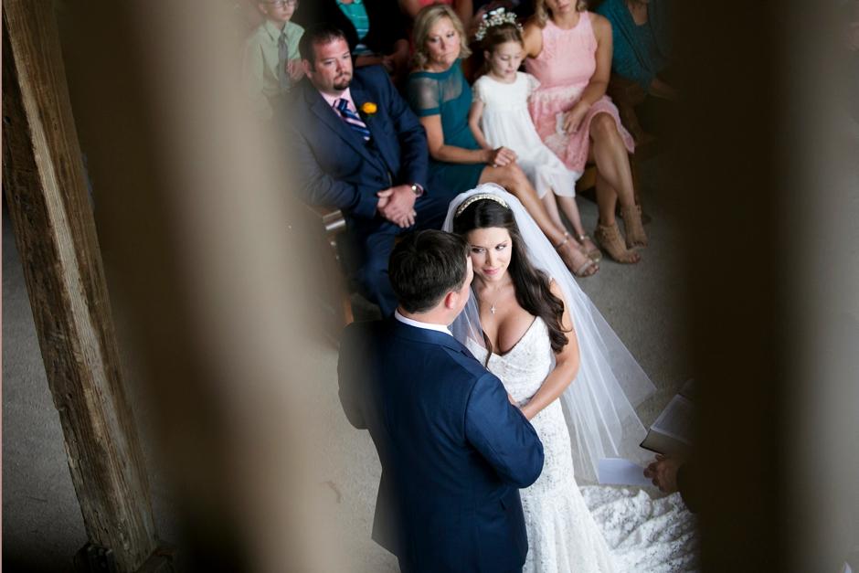 langley-farm-bourbon-wedding-spring-cream-bride-woodford-728
