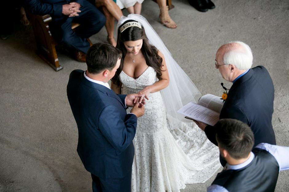 langley-farm-bourbon-wedding-spring-cream-bride-woodford-729