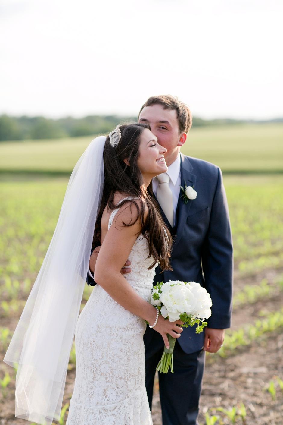 langley-farm-bourbon-wedding-spring-cream-bride-woodford-743
