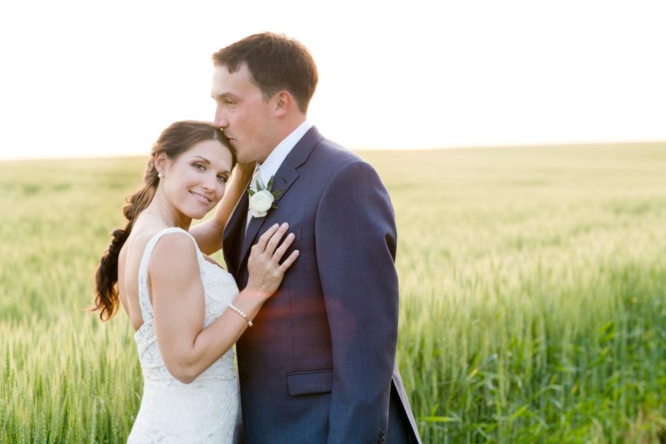 langley-farm-bourbon-wedding-spring-cream-bride-woodford-753