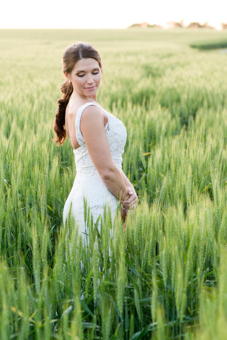 langley-farm-bourbon-wedding-spring-cream-bride-woodford-757