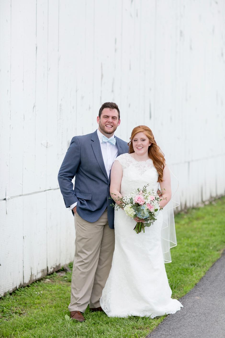 kentucky-spring-wedding-red-orchard-park-blush-575