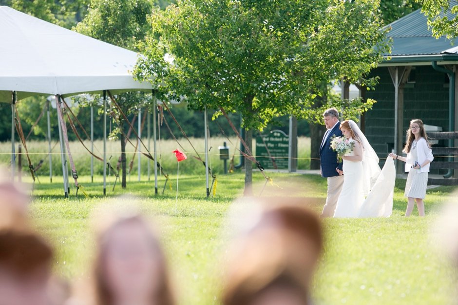 kentucky-spring-wedding-red-orchard-park-blush-598