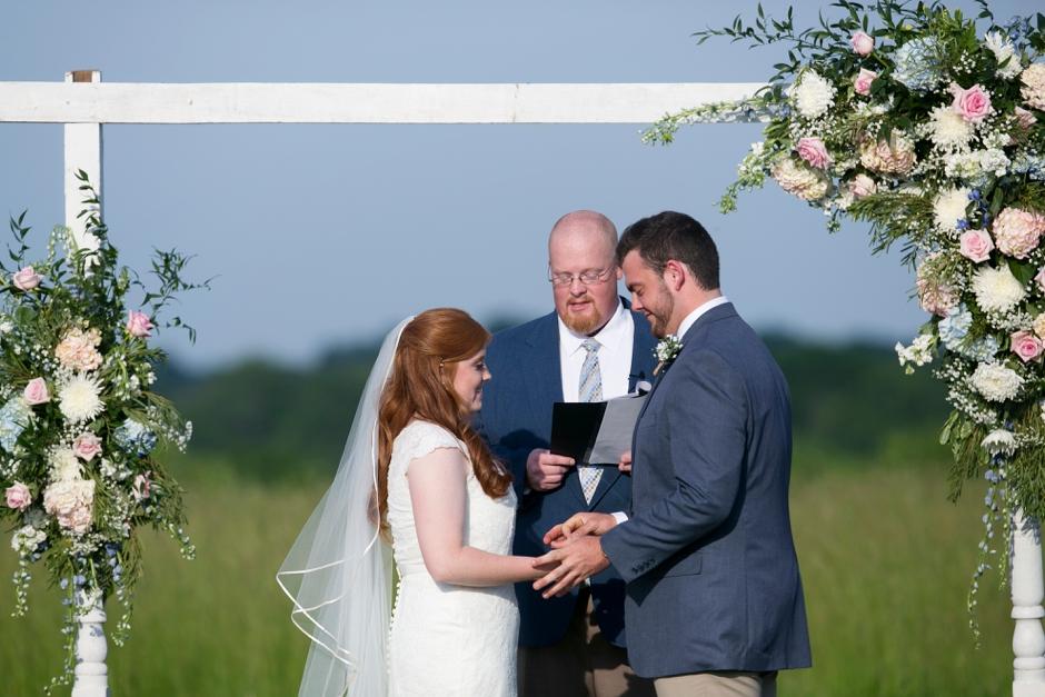 kentucky-spring-wedding-red-orchard-park-blush-608