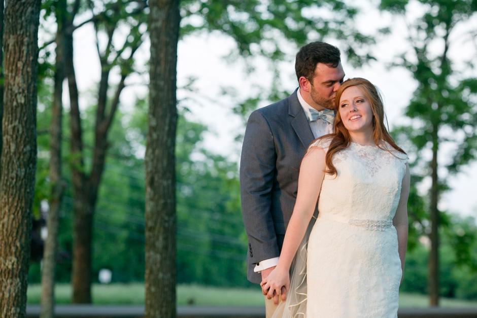 kentucky-spring-wedding-red-orchard-park-blush-637