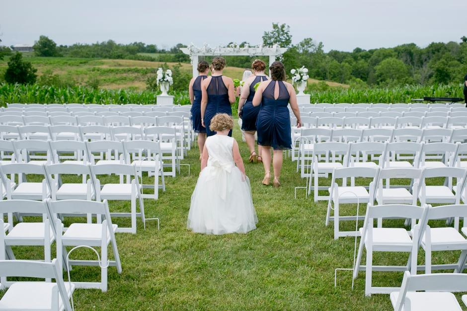 shelby-hills-farm-summer-kentucky-wedding-navy-green-011