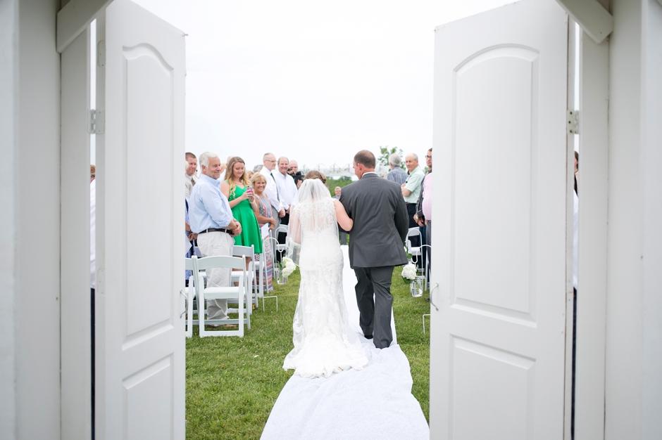 shelby-hills-farm-summer-kentucky-wedding-navy-green-030