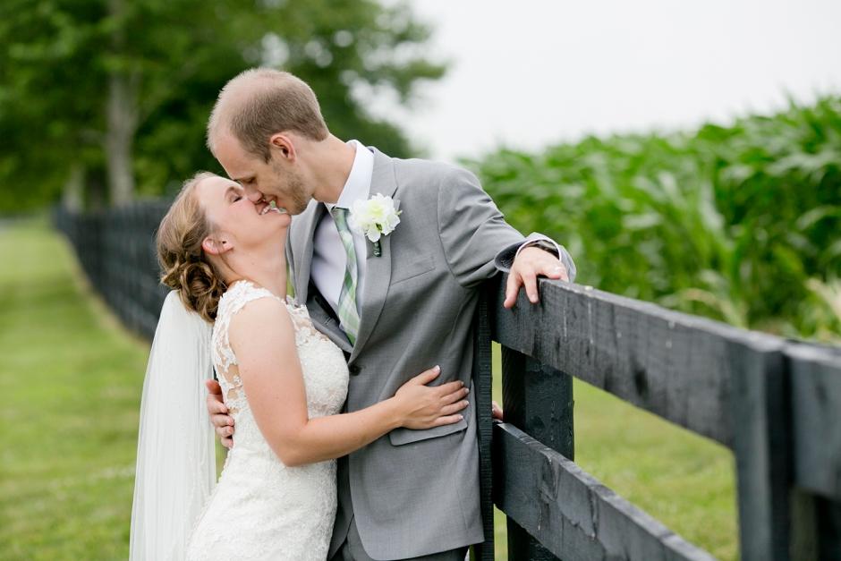 shelby-hills-farm-summer-kentucky-wedding-navy-green-053