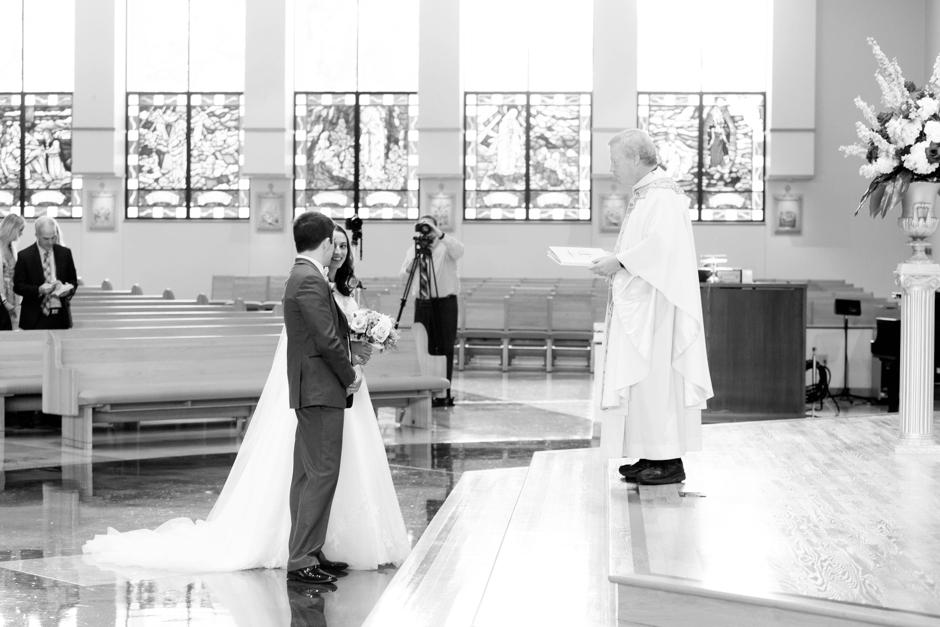 university-of-louisville-wedding-seelbach-015.jpg