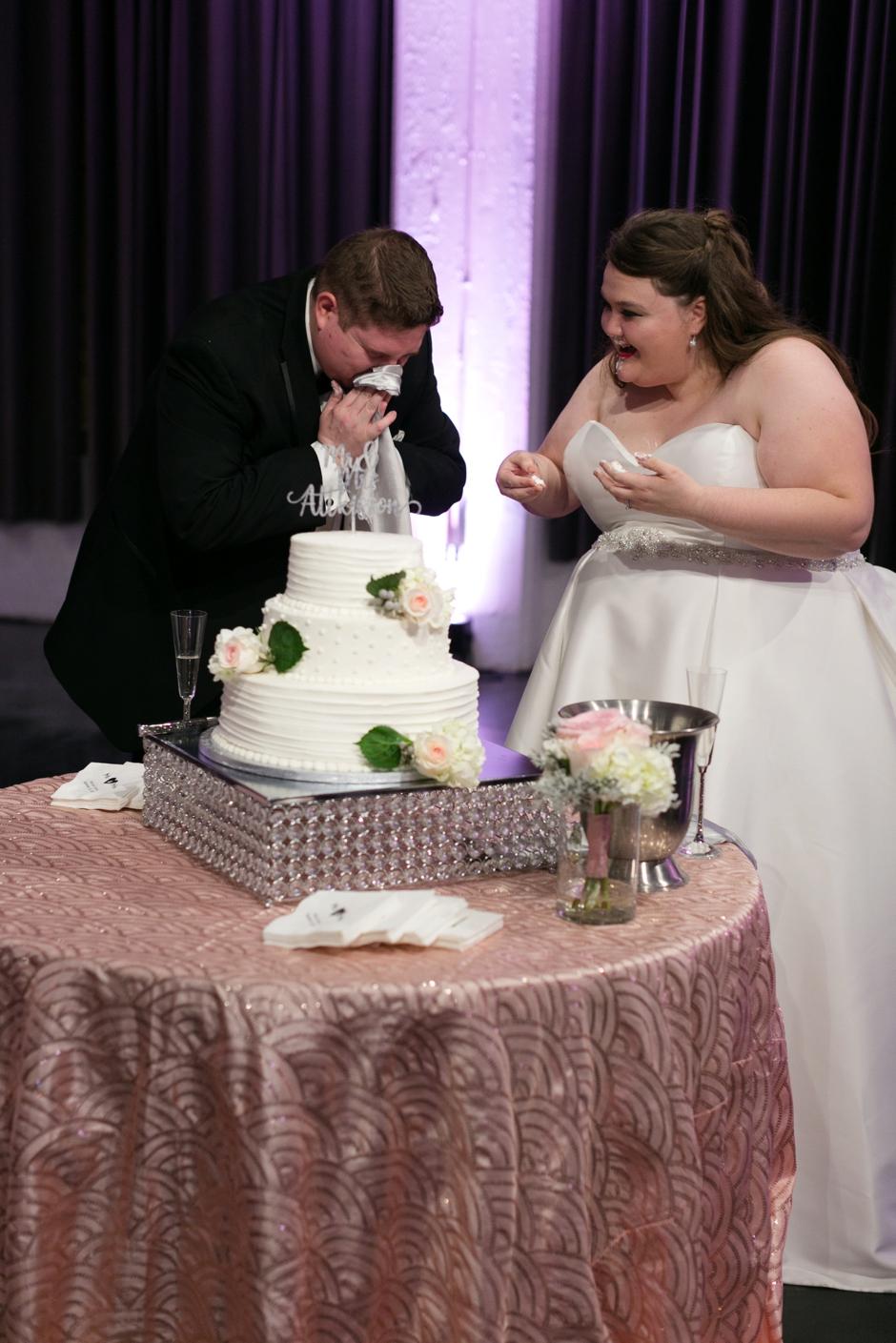 the-foundry-glassworks-wedding-184.jpg