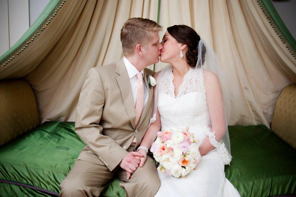 09-whitehall-wedding-springtime-green.JPG