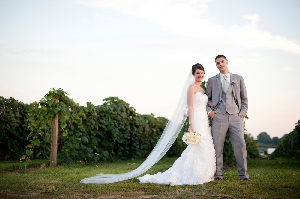 21-vineyard-springtime-wedding-portrait.JPG