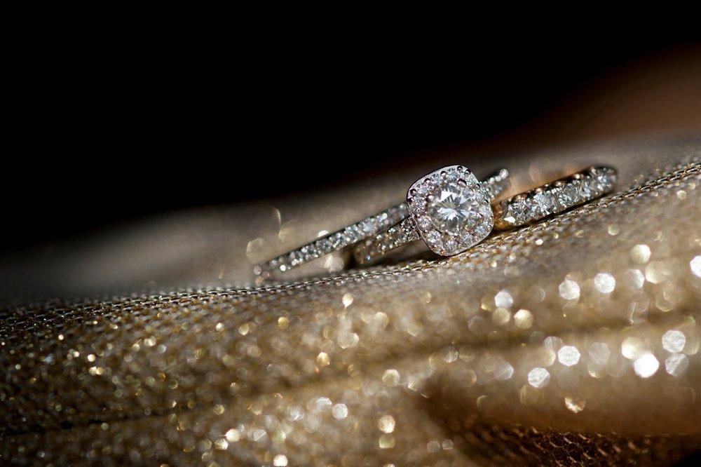 38-gold-wedding-ring.JPG