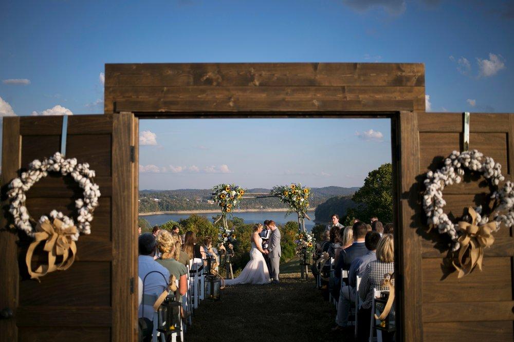 39-riverside-fall-wedding.JPG