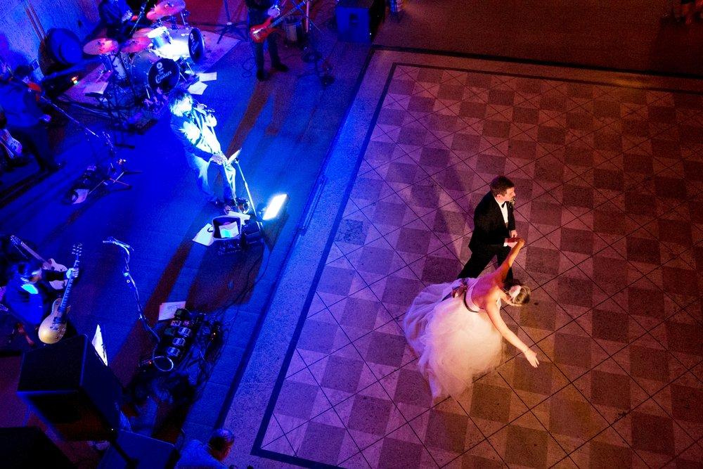 57-gillispe-dancing-moment.JPG