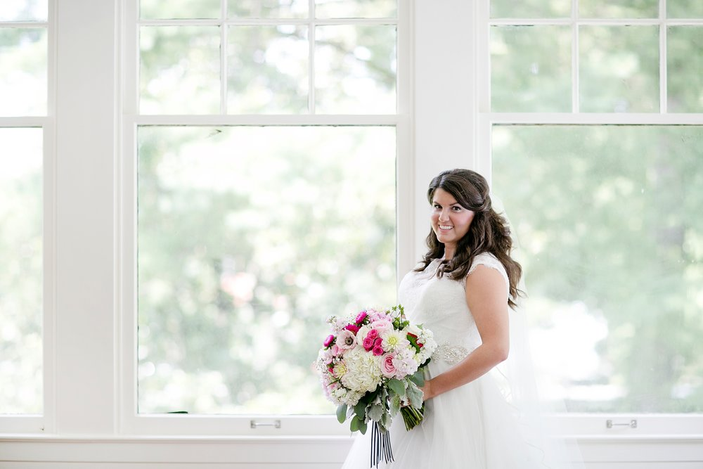 45-white-historic-home-bridal-portrait.JPG