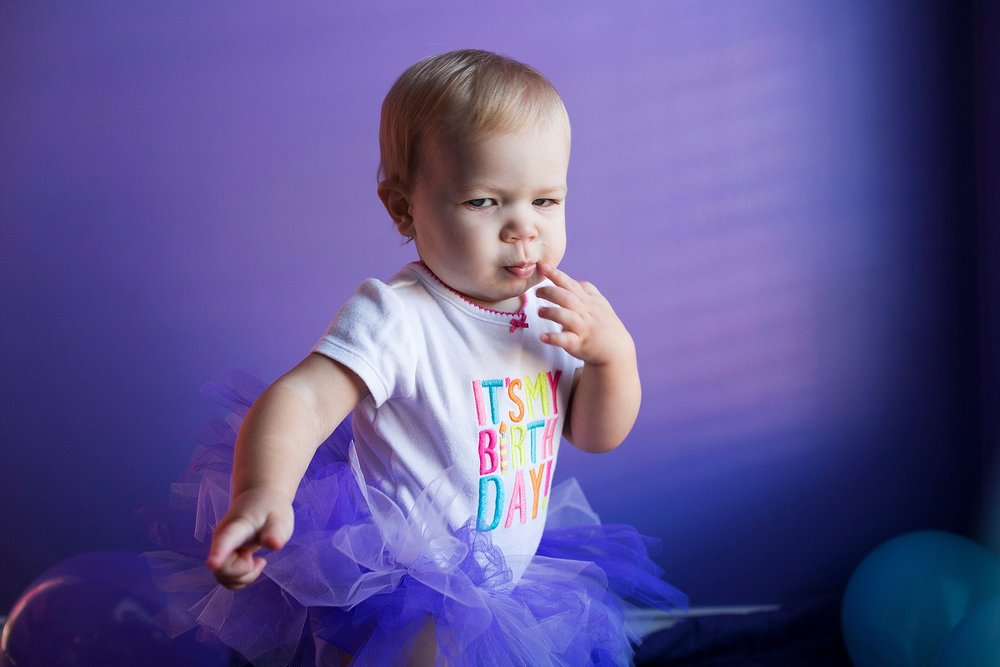 06-purple-baby-picture-at-home.jpg