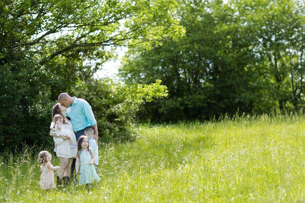 42-wildflower-field-family-picture.jpg