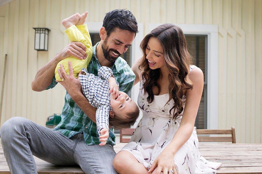 44-asheville-family-photos-at-home.jpg