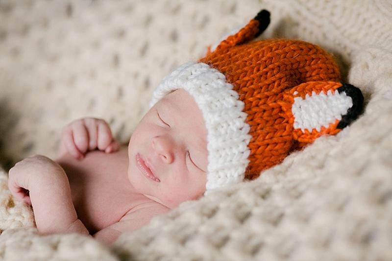 louisville-newborn-photos-at-home-013.JPG