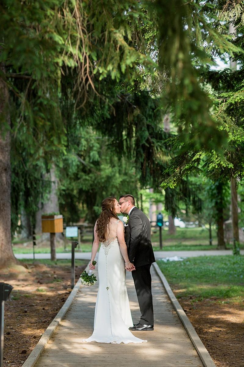benrheim-forest-wedding-photos-louisville-ky068.JPG