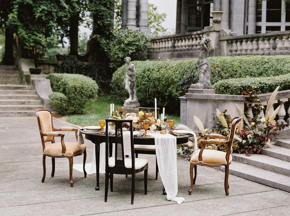 fall-wedding-Jenny-haas-Samantha-joy-events-laurel-court-cincinnati-wedding-tablescape1