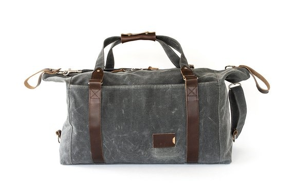 weekender-waxed-duffle-closed-holiday-gift-guide-2018