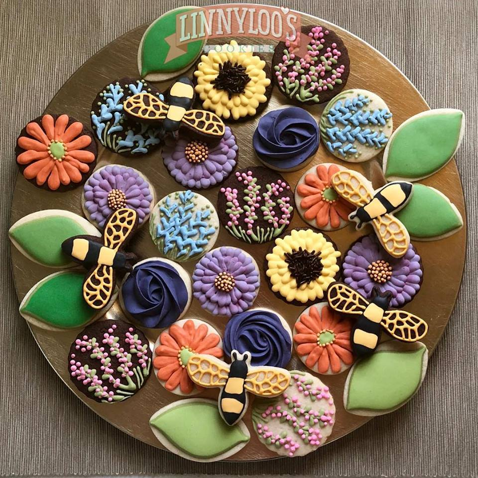 flower and bee sugar cookies, custom cookie, dayton, ohio