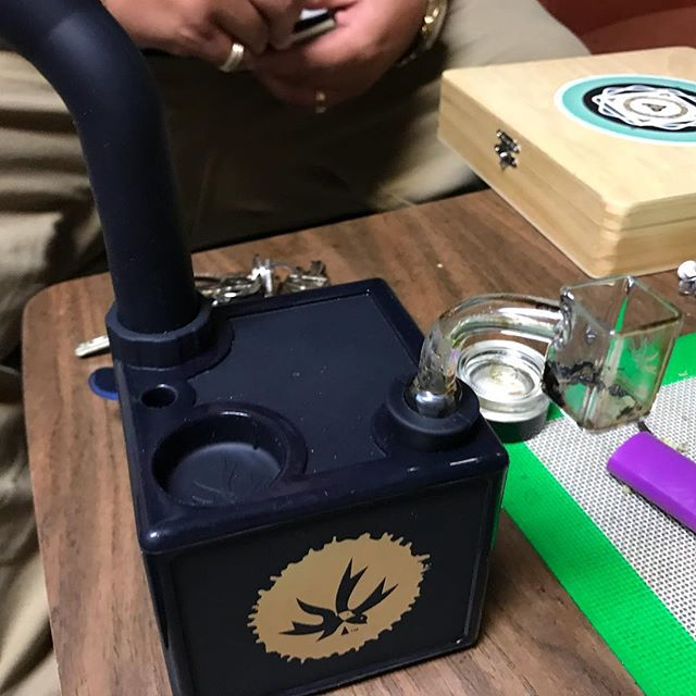 Hitting that @piecemakergear on this fine #710 afternoon! What r u #dabbing on?! #LegalizeIt @freedom_markets #Legalize #Dank #Cannabis #Joints #420 #710 #SWED #21+ #MMJ #Legit